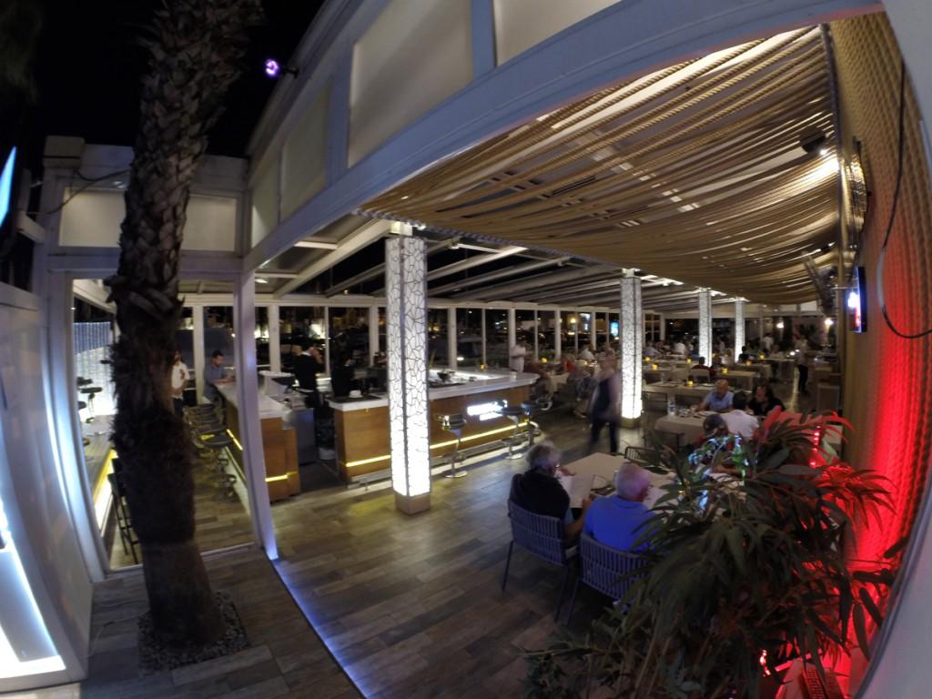 club-bar&restaurant4